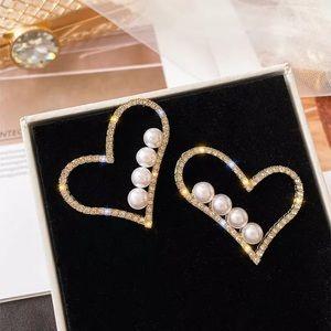 Jewelry - Last pair 🎉 heart shaped earrings